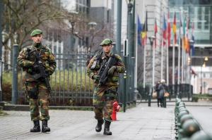 Les premiers Chasseurs Ardennais de l'opération Vigilant en mission à Bruxelles le 17 janvier 2015 (photo Daniel Orban / BE Defense)