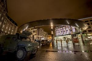 Les véhicules militaires font aussi partie du paysage de Vigilant Guardian (photo Daniel Orban/BE Defense)