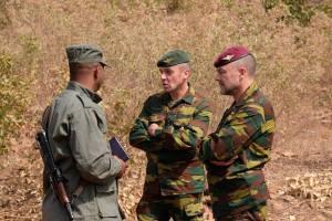 Le général de brigade Peter Devogelaere sur le terrain dès le début de son mandat (photo EUTM Mali)