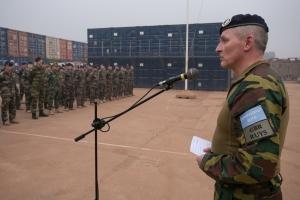 Le GBR RUYS s'adresse aux troupes de l'EUTM RCA (crédit-photo EUTM RCA/V. Tritz)