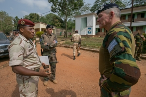 Le CNE Golly-Mokanda accueil le GBR RUYS au Centre de Formation de KASSAI le GBR RUYS au Centre de Formation de KASSAI (crédit-photo EUTM RCA/V. Tritz)