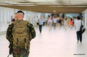 Un militaire du bataillon de Chasseurs à Cheval en opération Vigilant Guardian à Bruxelles en juillet 2016 (photo bataillon ISTAR-IPR)